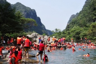 Phong Nha – Ke Bang: Spring visitors increase strongly on the occasion of Lunar New Year of 2018
